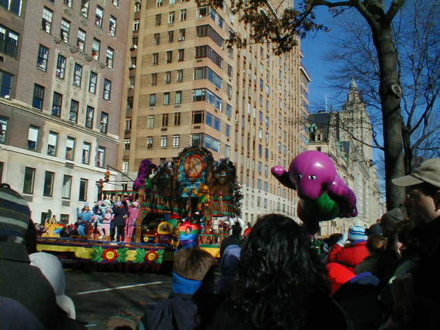 Barney Float and Balloon
