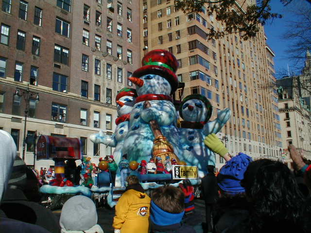 Fox Family Channel Snowmen Float